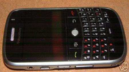 blackberry9000-leaklg.jpg