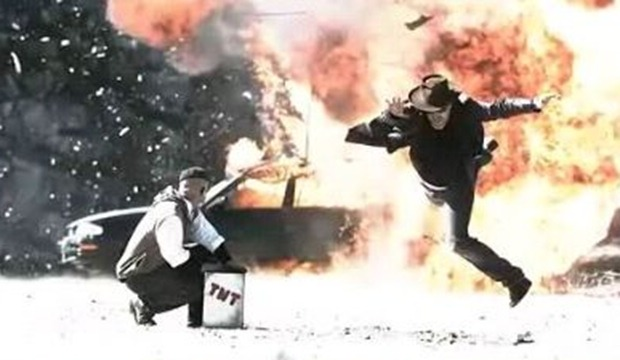 mythbusters_video_gallery_hollywood_explosion