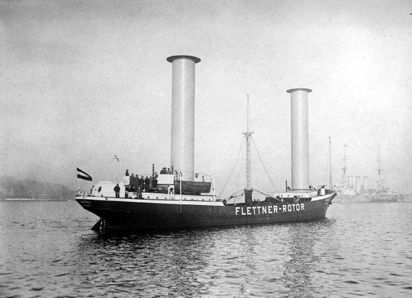 Flettner rotor ship
