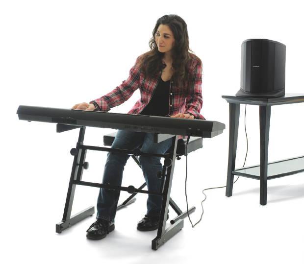 l1_compact_keyboardist-11