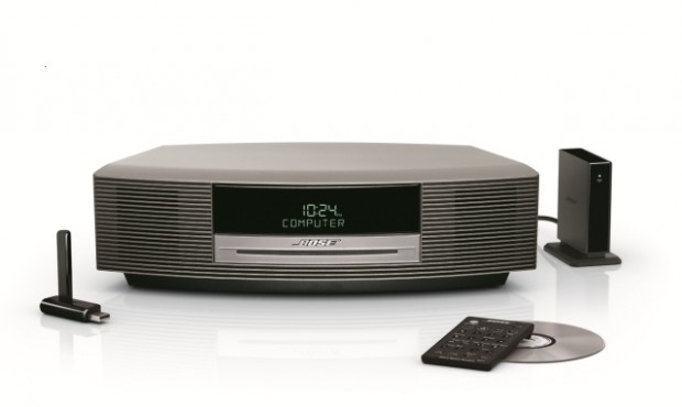 Wave music system with SoundLink_Beauty 1 (Front View w Accessories)