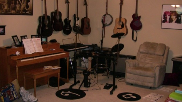 scaled.Music Room With Alesis Drums