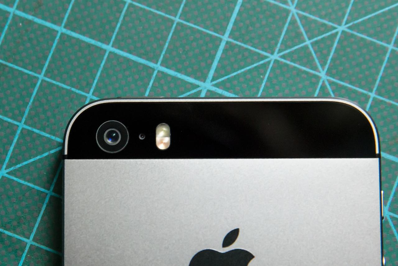 iPhone-5s-camera-flash