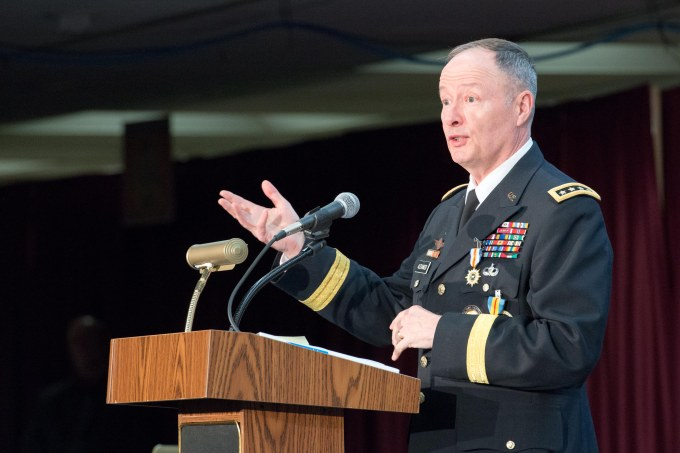 Head of NSA, CYBERCOM retires after 40 years of military service
