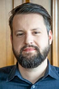 Alex Schleifer - N.Alvarez-Perez for Airbnb