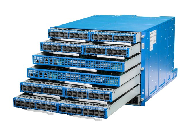 Facebook 6pack data switches.