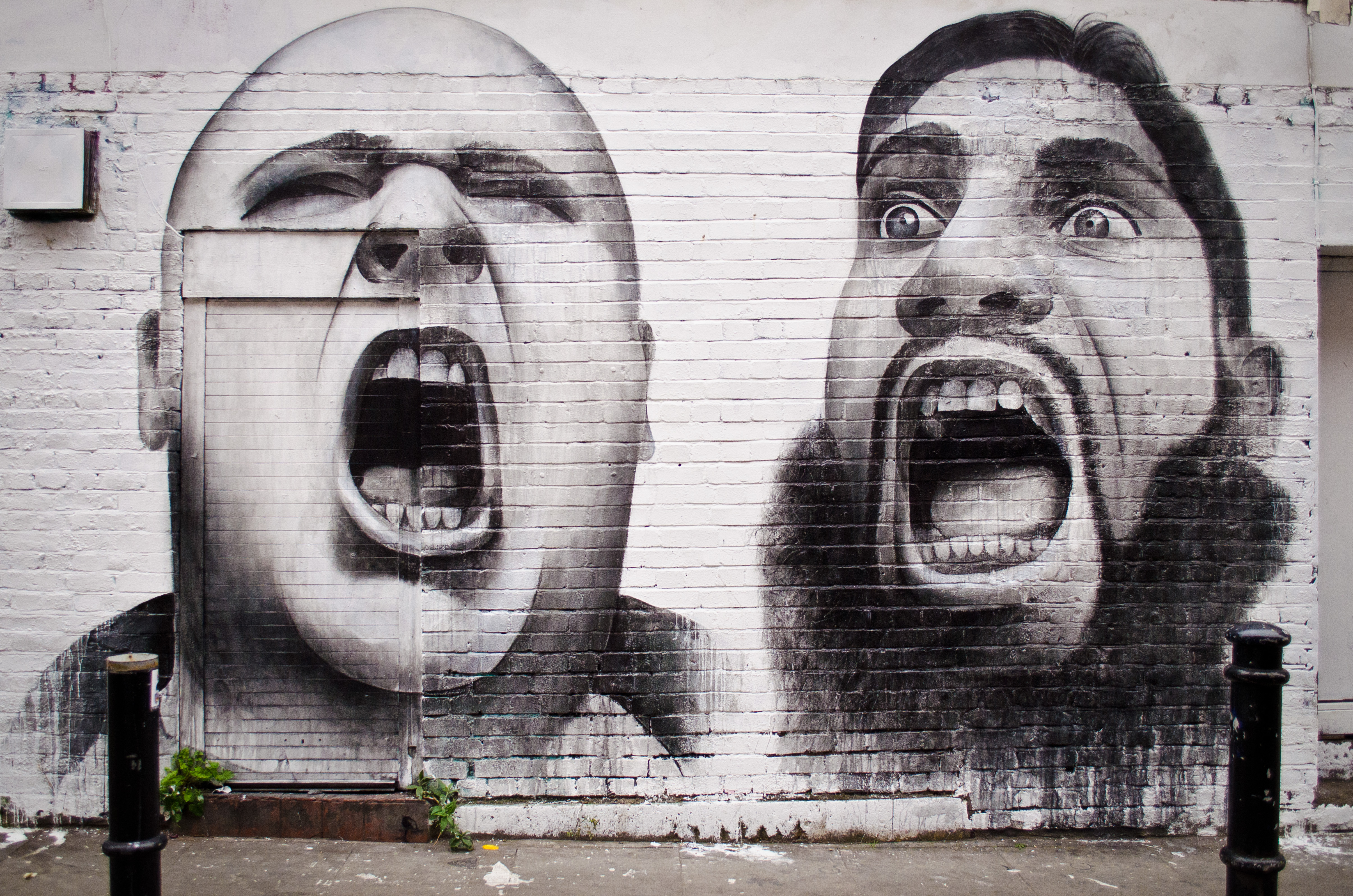 Shout wall