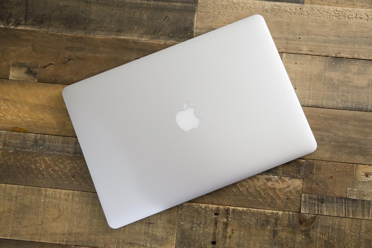 15-inch-retina-macbook-top