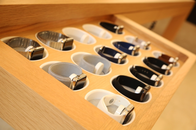 Apple Store UES Apple Watch Array
