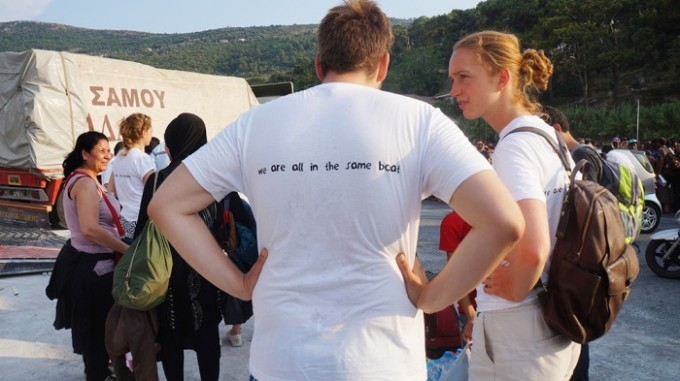 samos_start-up-boat-back-shirt-700x393
