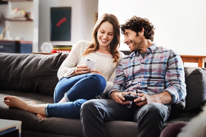 living-room-couple
