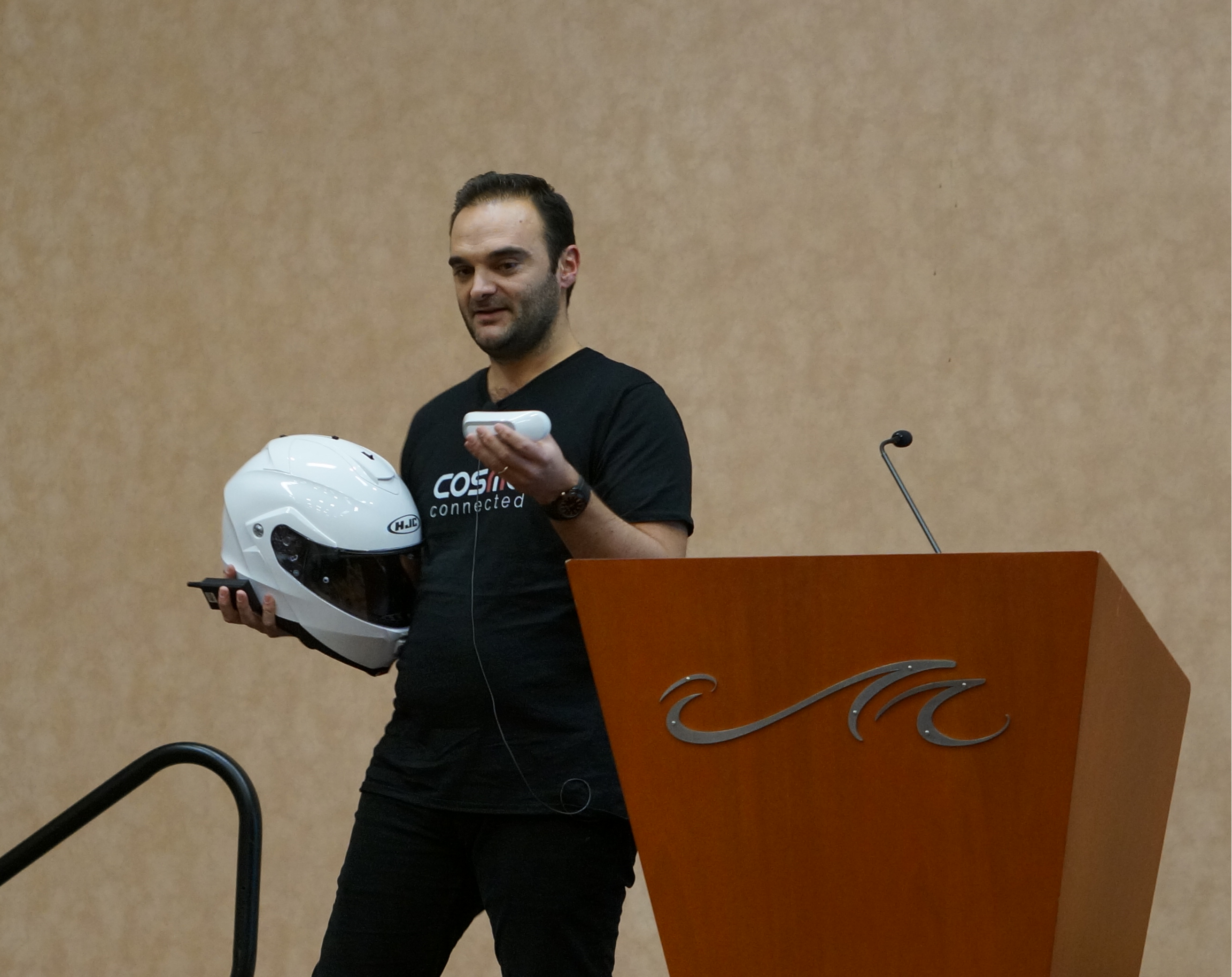 connected_helmet_thing_launchit