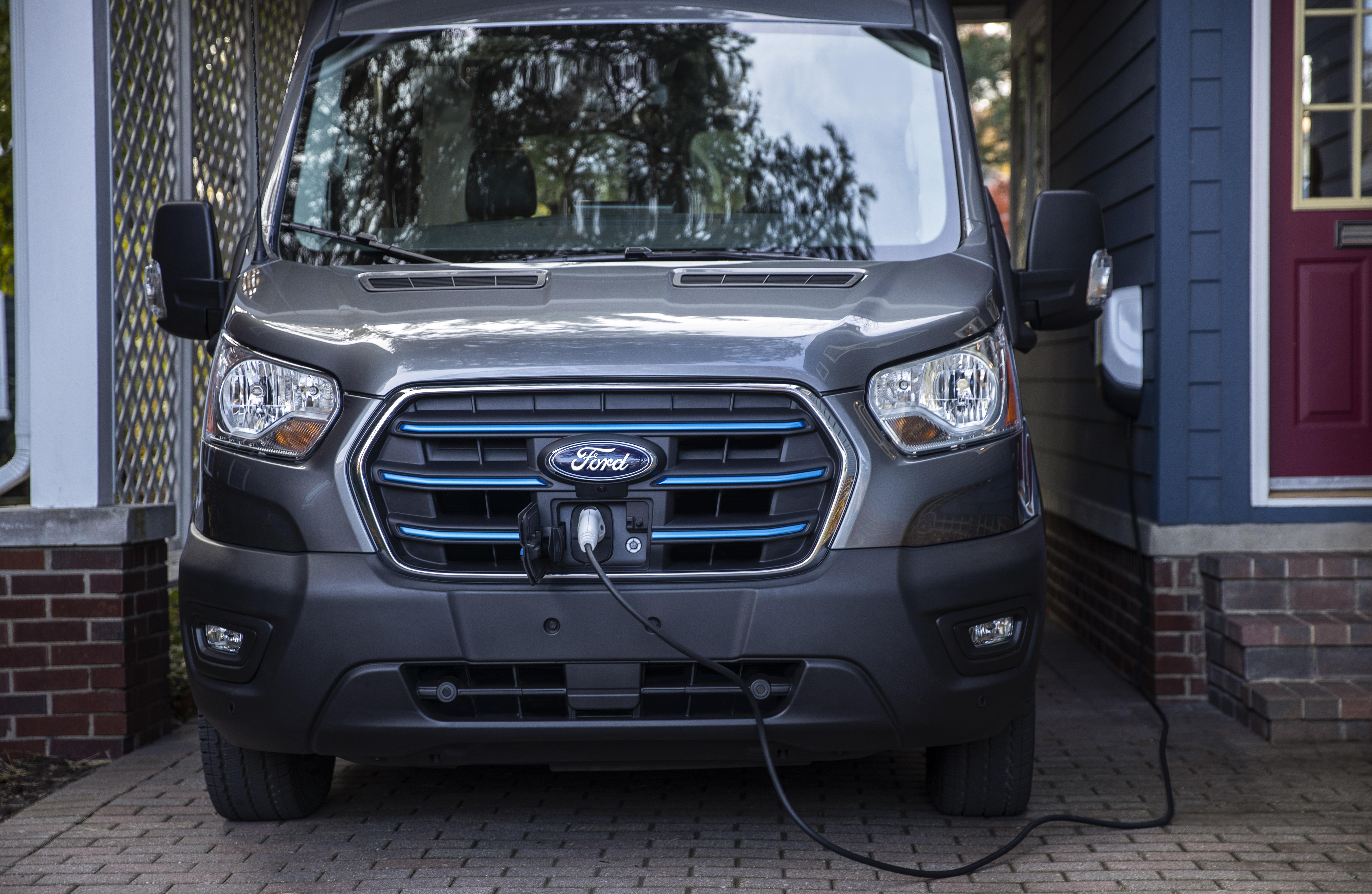 Ford E-Transit_06