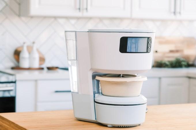 Yo-Kai Express' smart home cooking appliance Takumi